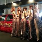今年も祭った!東京オートサロン2014AIWAブースのカスタム車とセクシーギャル!