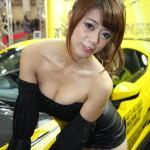 大阪オートメッセ14!カスタムカーを盛り上げるセクシーキャンギャル(コンパニオン)