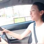 世界的フィギュアスケート選手浅田真央が愛車トヨタiQを運転!!愛車センスと意外な姿にネット反応は?