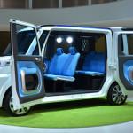 ダイハツが新型軽自動車「DECA DECA(デカデカ)」発売!!カスタム風ボディにヒットの期待!