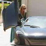 パリスヒルトンが新愛車マクラーレン650Sスパイダーを購入!!数々のVIPな愛車にパリスやばいの声!!