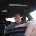 強面ポリス(警察官)がノリノリでパトロールする姿が世界で話題に!YouTube5日間で2000万回以上再生!!