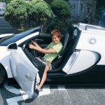 楽しんごが愛車に2億円ブガッティ・ヴェイロンを購入!!障害者用スペースにヤンキー停め!